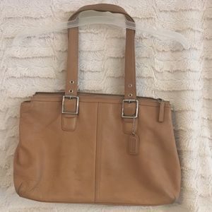 Coach Leather Tote ❤️️Very Good Cond❤️️